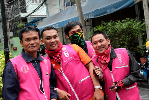 motorcycle taxi drivers near Ploen Chit