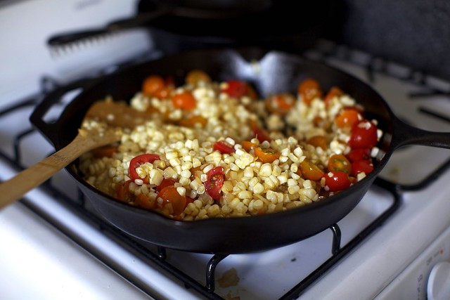 corn, tomatoes, onion and garlic