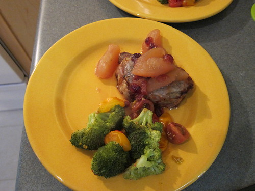 Porkchops w/Poached Apples and Broccoli