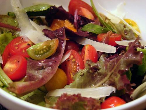 lettuce & tomatoes
