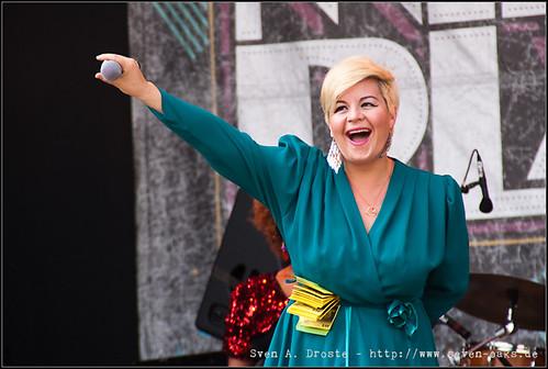 Miss Platnum (Ruth Maria Renner)