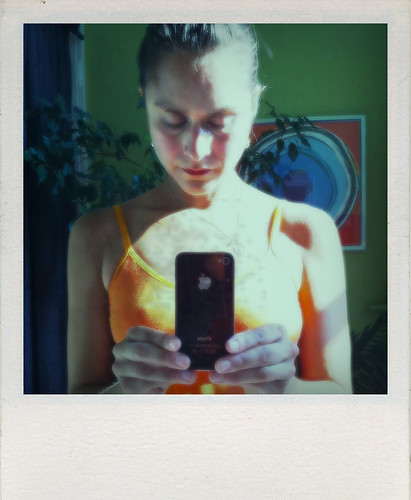 YoGeek iPhone mudra, Polaroid, iPhone 4 yoga, iPhone 4 love