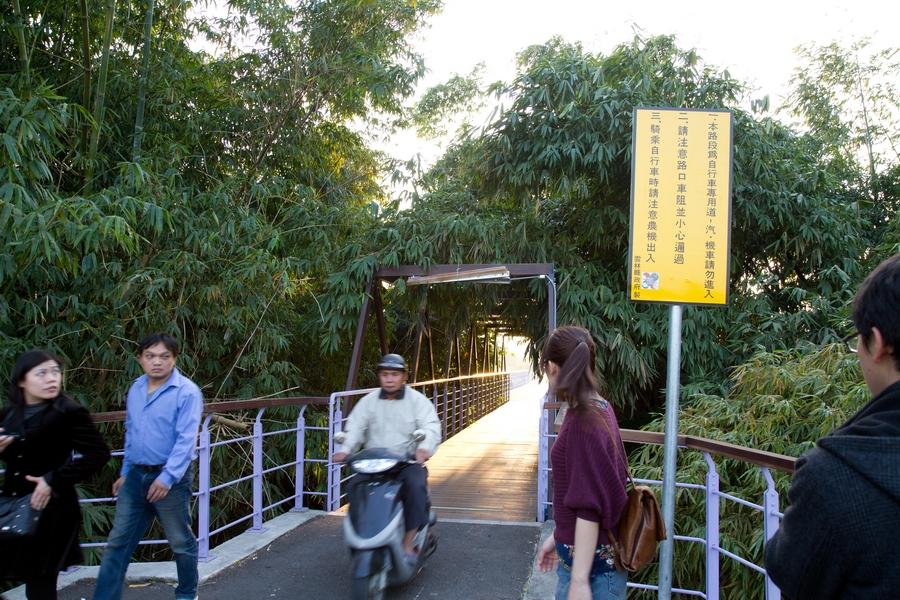 20110205_17_Bike way_07