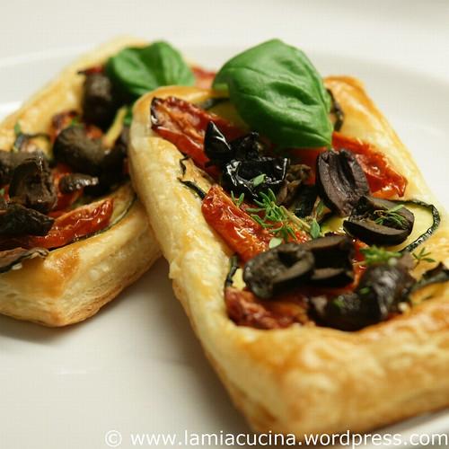Tomaten-Zucchini-Tartelettes 0_2010 07 08_7950