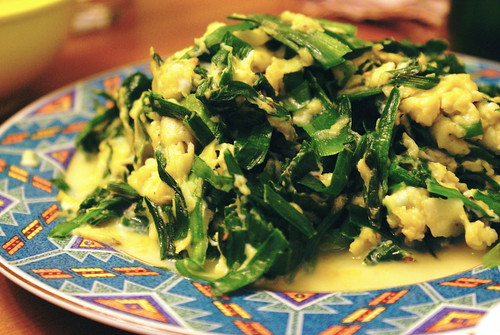 Stir-fried chives and eggs