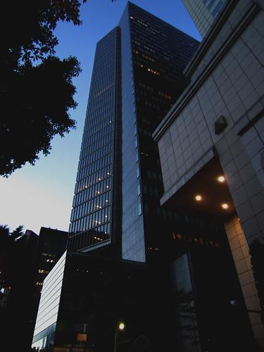 傍晚的敦南大樓