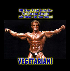 VEGETARIAN Bodybuilder Luiz Freitas IFBB Mr Ol...