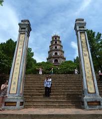 Hue. Pagoda de Thon Don