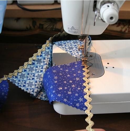 garland-sewing