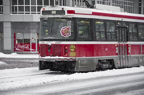 Snowy Wednesday: Streetcar