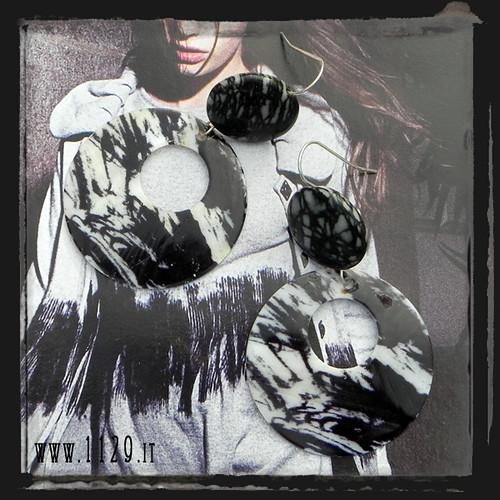 LLSHST orecchini bianco nero - shell ston balck and white earrings 1129
