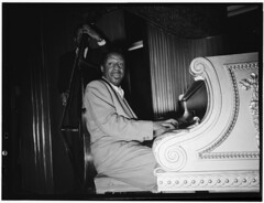 [Portrait of Erroll Garner, New York, N.Y., be...