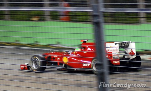 F1 Singapore Grand Prix 2010 - Day 1 (28)