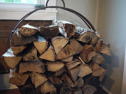 New wood rack