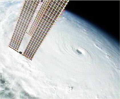 Siêu bão Megi nhìn từ không gian