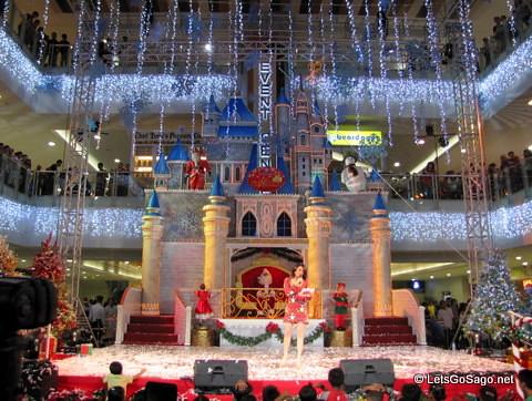 SM Megamall Christmas Castle
