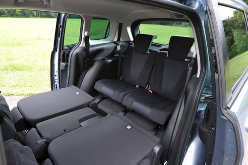 Mazda5_Interior_09