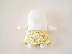 Mini-mi: nova modelagem da saia comum