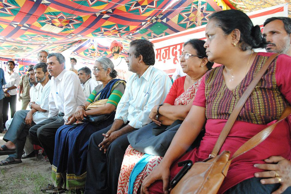 Pics from the satyagraha - 4 Oct 2010 - 2