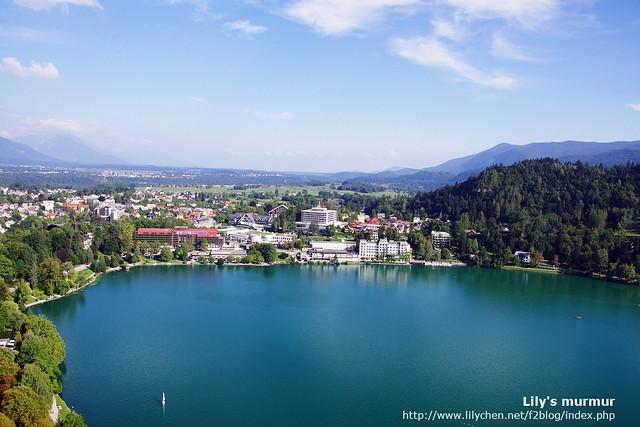 從城堡眺望湖水的風景,還是好美,真美、太美了。