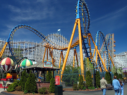 Six Flags: La mas grande cadena de parques de diversiones
