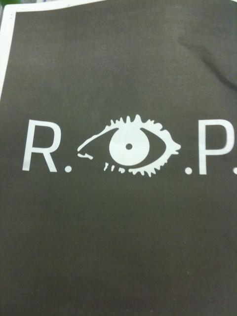 R eye P