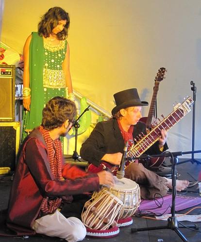Sunday Driver, tabla and sitar
