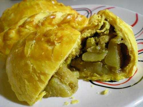 Bread Sense curry puffs 2