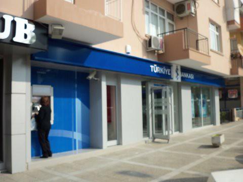 İşbankası Menderes Caddesi Şubesi