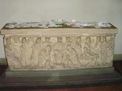 Sarcofago tardo romano del Beato Niccolò Stenone