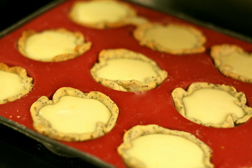 lemon cheesecake tartlet © dan and tuesday