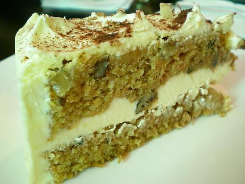 Nee's carrot cake