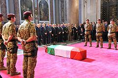 i funerali del para' ucciso in Afghanistan, un'altra