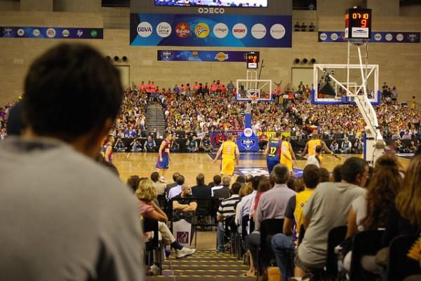 Viendo el Barça-Lakers desde mi asiento