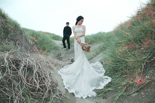 Pre-Wedding [ 中部婚紗 – 森林草原系列海邊 ] 婚紗影像 20160811 - 22