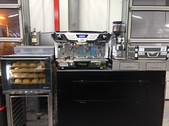 """#HummerCatering #Event #Catering #Service hier beim #Unternehmerfrühstück in #Pulheim. Wo wir eigens für das #Event ein ganzes #Cafe mit #Backstation, #Kaffee #Catering mit unserer #Siebträger #Kaffeemaschine und 2 Nespresso #Pro #Vollautomaten, #Softgetr • <a style=""""font-size:0.8em;"""" href=""""http://www.flickr.com/photos/69233503@N08/33457201473/"""" target=""""_blank"""">View on Flickr</a>"""