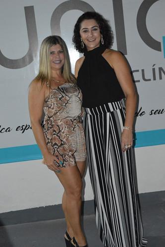 Carine e Selma, amiga e paciente da clínica