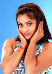 Indian Actress Ramya Hot Sexy Images Set-2  (7)