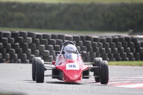 The Formula Ford FF1600 championship at Kirkistown, June 2017