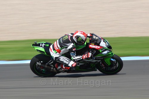 Jonathan Rea in World Superbikes at Donington Park, May 2017
