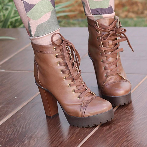 Schutz Boot  Military Style