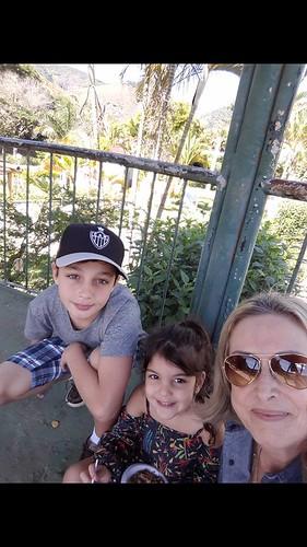 Davi, Maira e eu no coreto da cidade