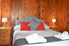 Pines - double bedroom