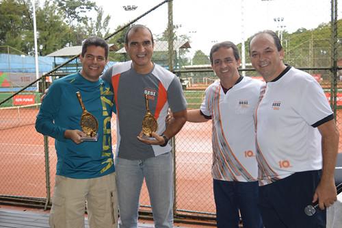 Campeões dupla Maurílio e Eduardo
