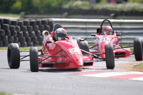 Luke Williams and Neil Maclennan in the Formula Ford FF1600 championship at Kirkistown, June 2017