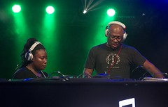 "Floorplan Live - Robert Hood and Lyric Hood - Sonar 2017 - Viernes - 5 - M63C4497 • <a style=""font-size:0.8em;"" href=""http://www.flickr.com/photos/10290099@N07/35321824126/"" target=""_blank"">View on Flickr</a>"