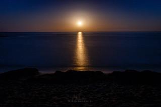 Luna en El Playazo - Almería
