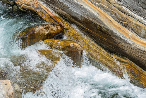 """Valle Verzasca • <a style=""""font-size:0.8em;"""" href=""""http://www.flickr.com/photos/42341582@N06/35745499390/"""" target=""""_blank"""">View on Flickr</a>"""