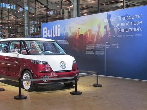 """Tagesfahrt nach Dresden die gläserne Manufaktur und dann mit dem Dampfer die Elbe rauf • <a style=""""font-size:0.8em;"""" href=""""http://www.flickr.com/photos/154440826@N06/37186252125/"""" target=""""_blank"""">View on Flickr</a>"""