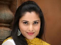 Indian Actress Ramya Hot Sexy Images Set-1 (94)